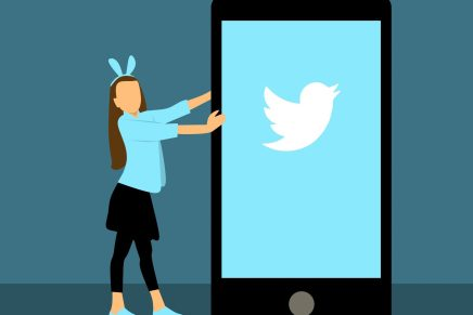 Social Media Influencers Have Responsibilities During COVID-19 Crisis