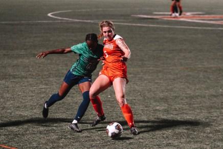 Soccer sweeps WAC home opening weekend