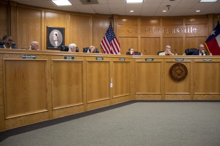 City council votes on new Huntsville expansions