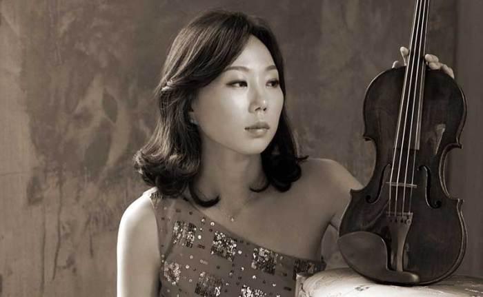 Houston Symphony concertmaster Yoonshin Song.