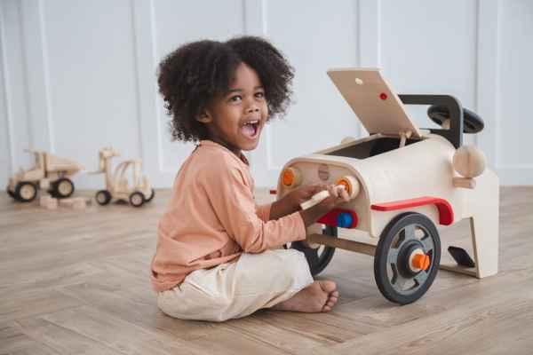 houten auto plan toys