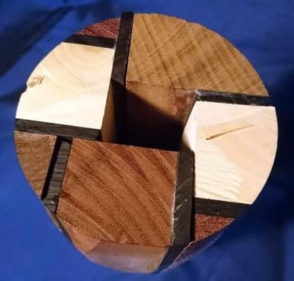 Diverse houtsoorten, 40 cm hoog