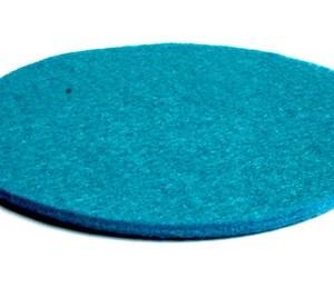 vrolijk blauwe onderzetter is met de hand gemaakt van polyester vilt