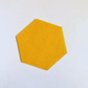 haal het zonnetje in huis met deze zeshoekige set onderzetters