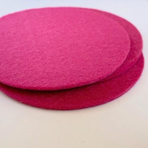 knallend roze onderzetters ideaal voor de meidenkamer, op het bureau of in de vensterbank
