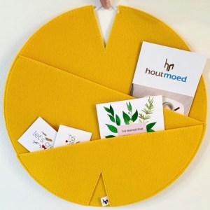 wandhanger lelie - documentenmap om je thuiswerkplek mee op te vrolijken