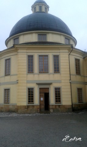 Drottningholmin linna, kuningasperheen koti, Tukholma, Ruotsi
