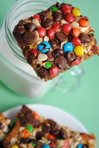 Monster Magic Cookie Bars.