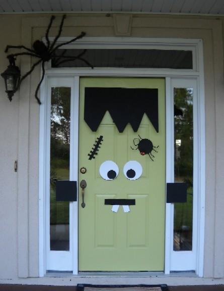 Frankenstein's Monster Door Decor : Mel Designs (October 4, 2010)