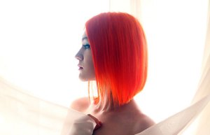 Short hairstyles for women with red hair