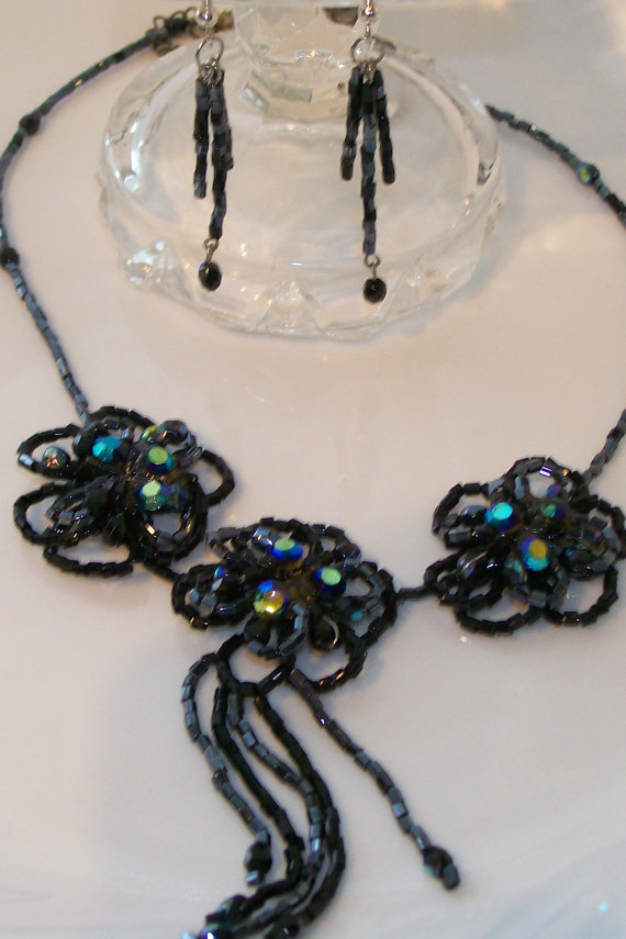 Necklace and Earrings Set Beaded Irridescent by NonisEclecticShop, $30.00