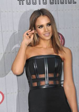 Jessica Alba ombre for brown hair