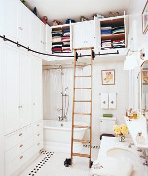 organized-bathroom-closet