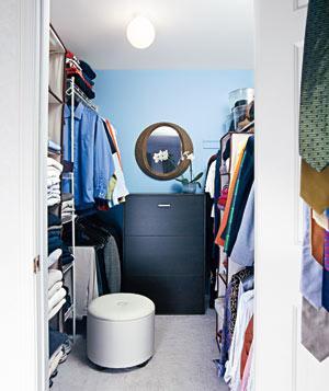 organized-master-bedroom-closet