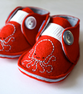 ollie octopus crib shoes