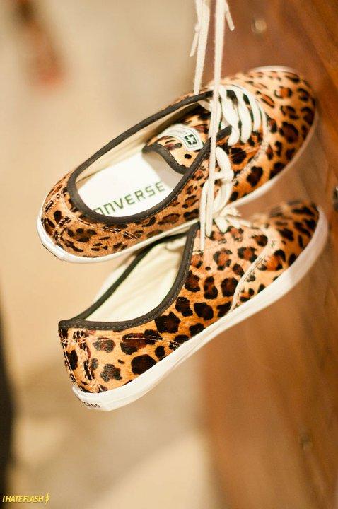 leopard converse… Yes, please