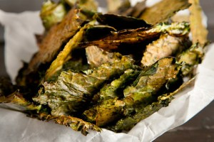 Chow kale chips