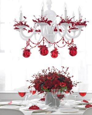 Romantic red Christmas chandelier (via marthastewart)