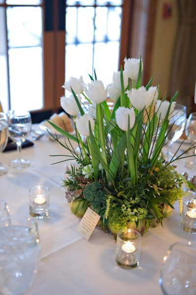 Love tulips, only for a spring wedding though