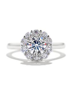 Hearts on Fire – Beloved Diamond Engagement Ring