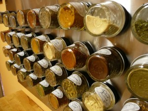 Magnetic Spice Rack Using Mini Mason Jars