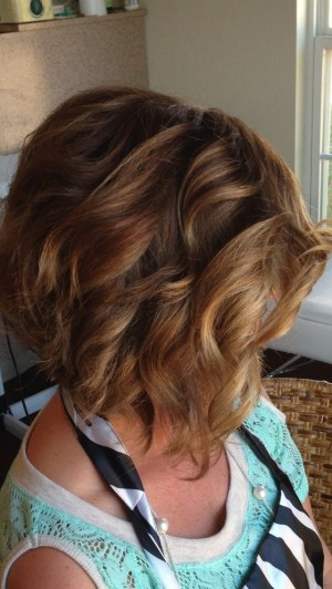 Stacked Bob Hairstyle: Short Curly Haircuts for Women