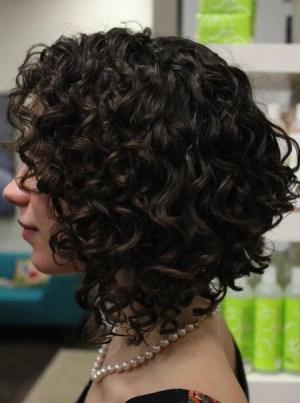 Inverted Curly Bob Haircut for Medium Hair