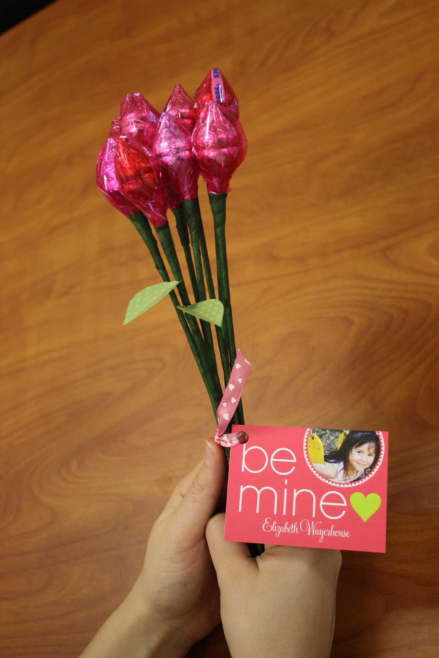 DIY Chocolate Kiss Bouquet