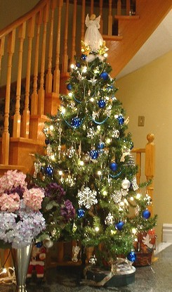 Blue and Silver Christmas Tree - Decorated Christmas Tree Pictures