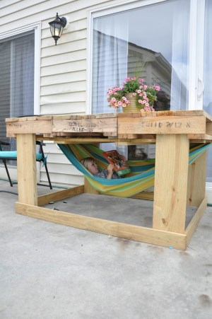 Outdoor Table From Pallets