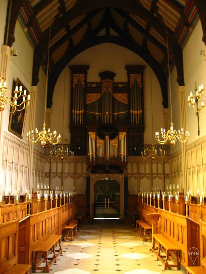 Most colleges at Cambridge have their own Anglican chapels.