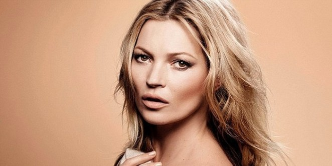 Kate Moss's forehead has the perfect size.