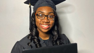 Dorothy Jean Tillman, 14-Year-Old Teen From Chicago Earns Her Master's Degree