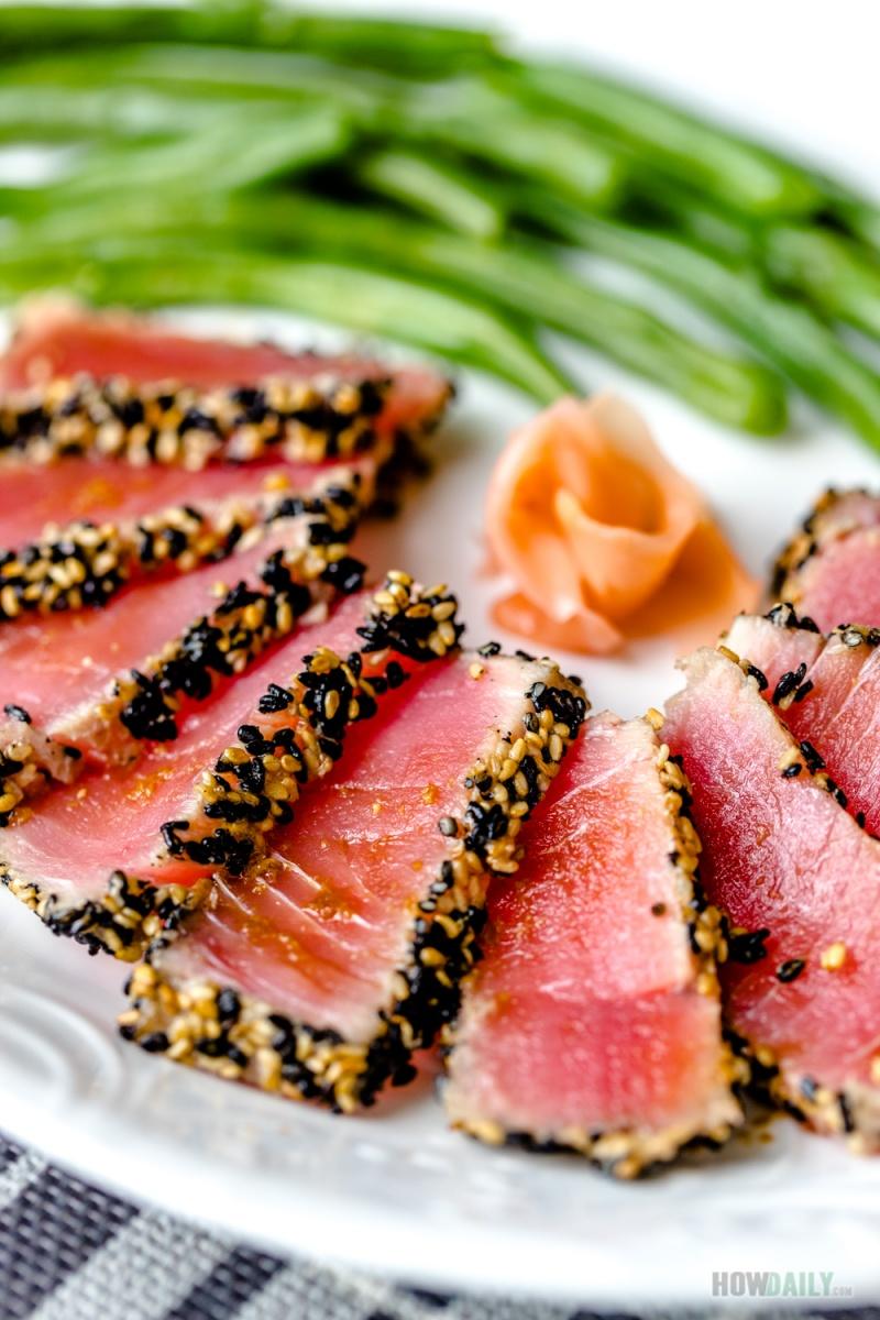 Light Seared Tuna Steak with Oriental Ginger Dressing Recipe