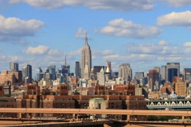 Widok na Manhattan z mostu