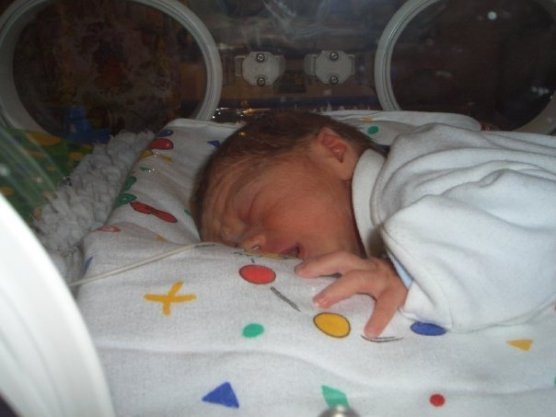 My little Henry in his incubator born 3lb 8oz