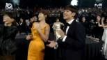 dobrze się bawiący Kim Hye Soo i Lee Je Hun