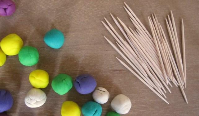 matériel pour construction pâte à modeler facile