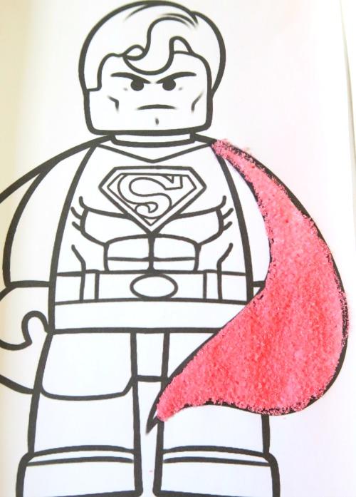 superman légo en sel coloré