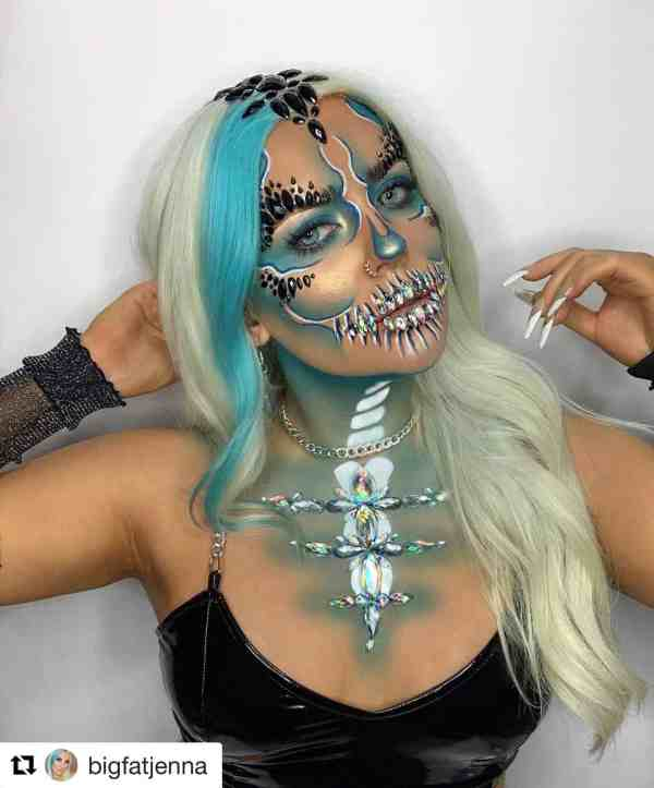 Halloween makeup looks 1018201984 - 90+ the Best Halloween Makeup Looks to Copy This Year