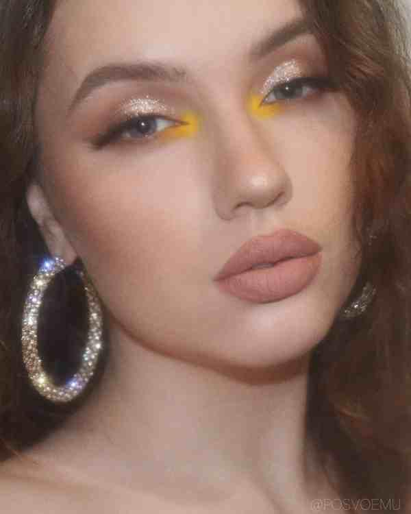 Glitter Eye Makeup 2019122405 - 60+ Attractive and Beautiful Glitter Eye Makeup