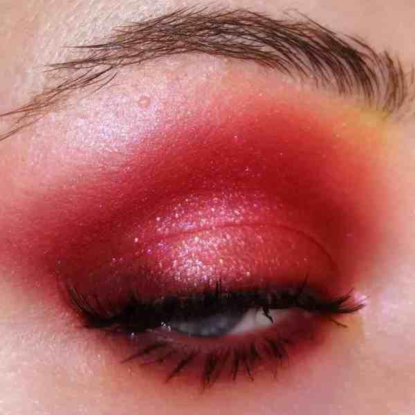 Glitter Eye Makeup 2019122406 - 60+ Attractive and Beautiful Glitter Eye Makeup
