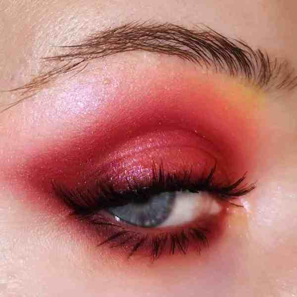 Glitter Eye Makeup 2019122407 - 60+ Attractive and Beautiful Glitter Eye Makeup