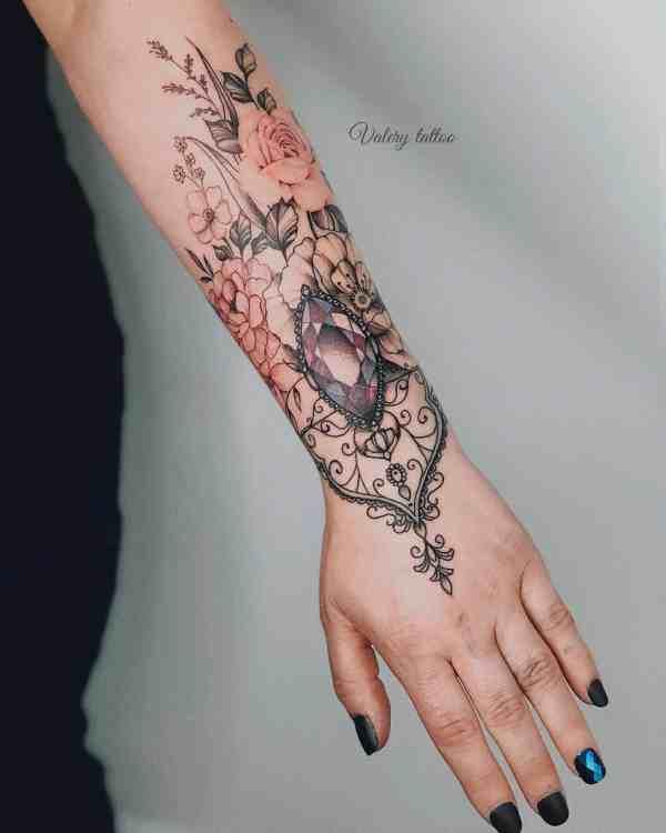 Women Tattoos 2019122968 - 60+ Perfect Women Tattoos to Inspire You