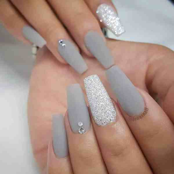 nails design 2019120402 - 40+ Beautiful Nails Design to Copy Right Now