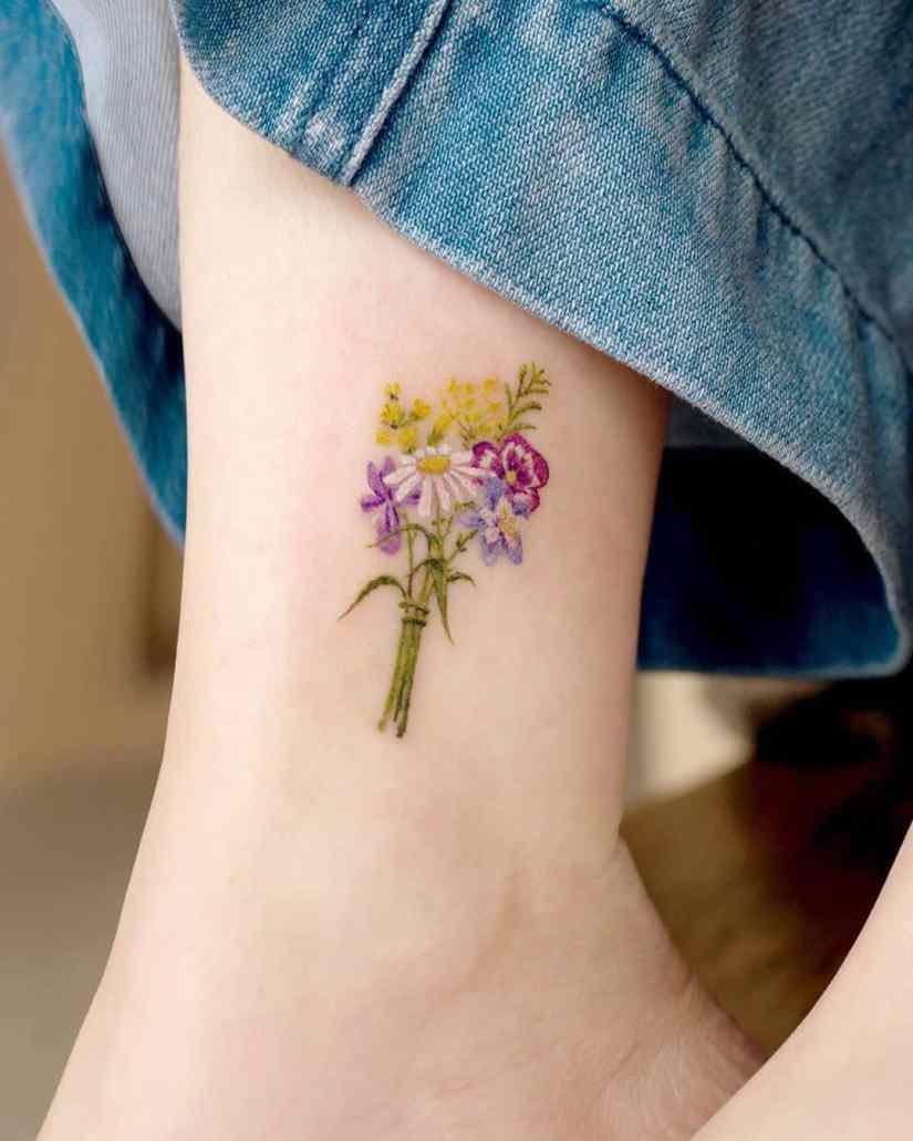 Daisy Tattoo 2020062811 - The Best Daisy Tattoo Ideas and Meaning