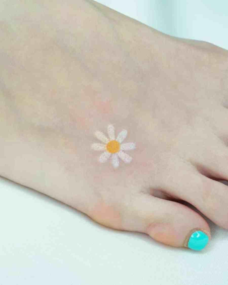 April Birth Flower Tattoos 2021072103 - April Birth Flower Tattoos: Daisy and Sweet Pea Tattoos