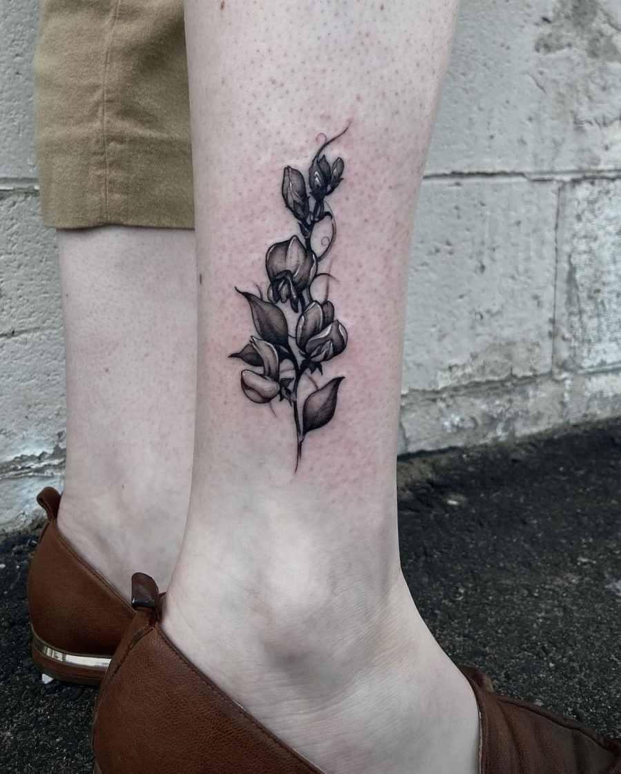 April Birth Flower Tattoos 2021072104 - April Birth Flower Tattoos: Daisy and Sweet Pea Tattoos