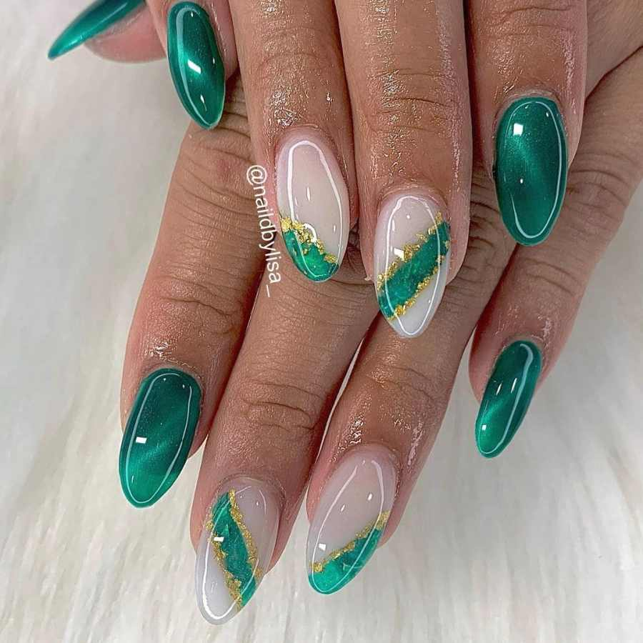 Green Nails 2021082201 - The Most Fashionable Green Nails to Impress You