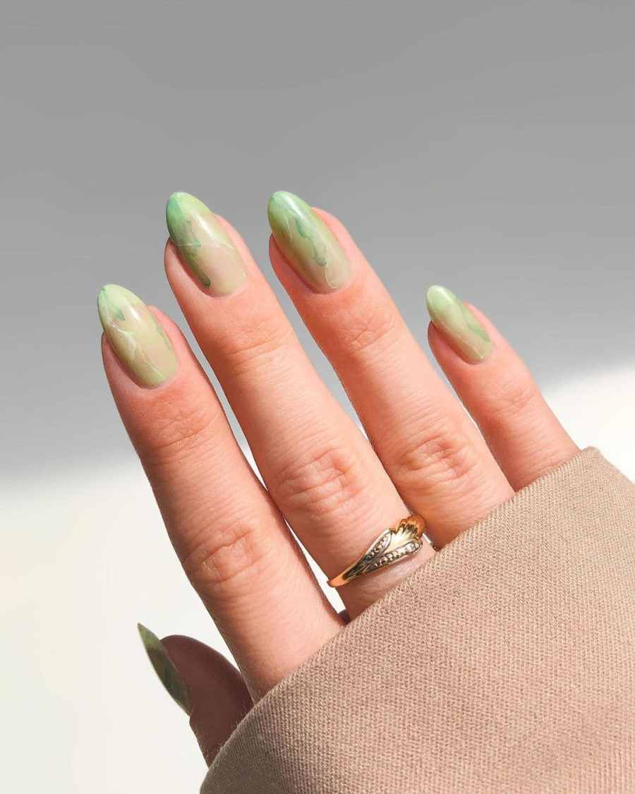Green Nails 2021082209 - The Most Fashionable Green Nails to Impress You